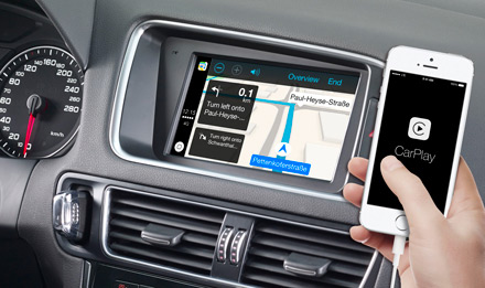 Online Navigation with Apple CarPlay - X702D-Q5